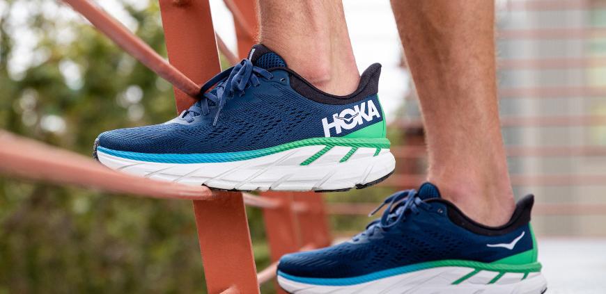 کفش هوکا